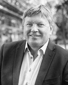 Prof Lars Sennerby
